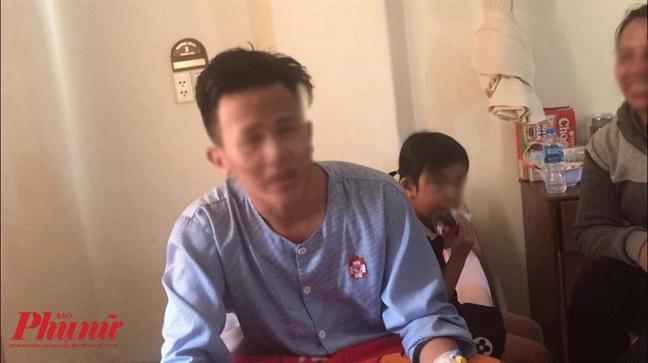 TP.HCM: No binh gas mini khi nau an mung ngay 8/3, hai hoc sinh bi bong