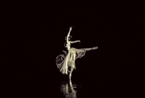 Diễn viên múa Đỗ Hoàng Khang Ninh: phải tỏa sáng ngay từ sàn tập