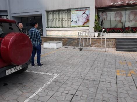 Hà Nội: Bé trai 5 tuổi rơi từ tầng 7 xuống đất tử vong
