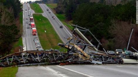 Mỹ: Lốc xoáy tàn phá bang Alabama khiến ít nhất 23 người thiệt mạng