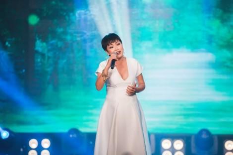 Ca sĩ Phương Thanh: 'Nghệ sĩ nên chừng mực khi chia sẻ đời tư'