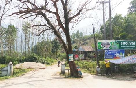 Dân lập 'chốt' phản đối dự án du lịch 400 tỷ ở Suối Voi