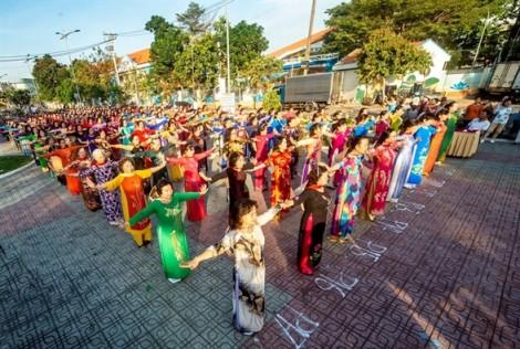 Quận Gò Vấp: Tôn vinh áo dài Việt