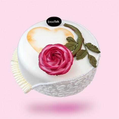 Thay lời tỏ tình 8/3 với người phụ nữ yêu thương bằng những chiếc bánh kem ngộ nghĩnh