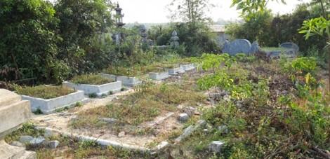 Ùn ùn làm mộ giả để… trục lợi tiền đền bù dự án mở rộng sân bay quốc tế Phú Bài