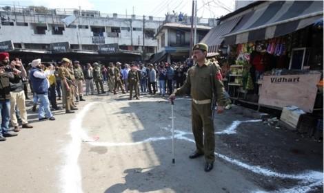 Ấn Độ: Tấn công bằng lựu đạn lại bang Jammu và Kashmir làm 26 người bị thương