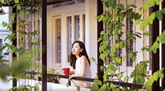 Nhà văn Hiền Trang: 'Sự hoang đường cứu tôi khỏi đời sống vốn nhàm chán'