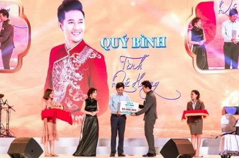 Quý Bình – Tình quê hương: Mang niềm vui cho người khó khăn