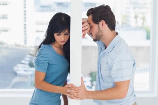 Ký vào sổ kết hôn có trở thành vợ chồng hợp pháp?
