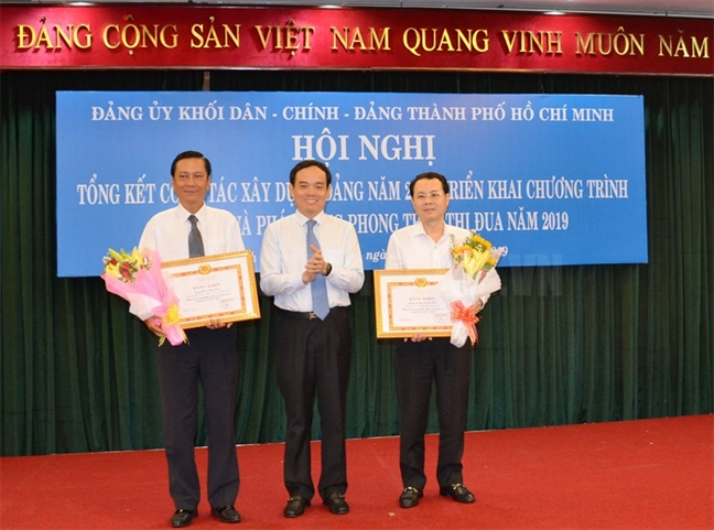 Pho bi thu Thuong truc Thanh uy TP.HCM: 'Toi ung ho can bo tre, sang tao, manh dan va quyet liet trong tu duy'