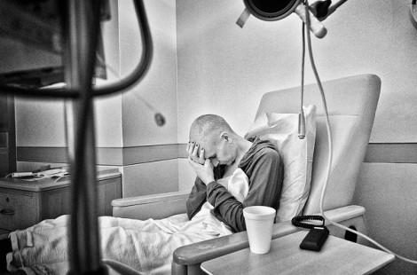Thắt lại giấc mơ hồng - giúp phụ nữ bị ung thư thêm lan tỏa yêu thương