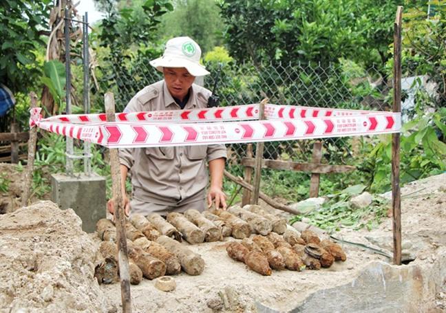 San ui xay thuy dien phat hien bom 227kg