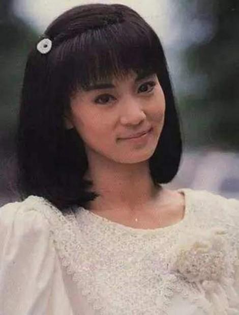 Lưu Tuyết Hoa: Đời buồn trong đôi mắt