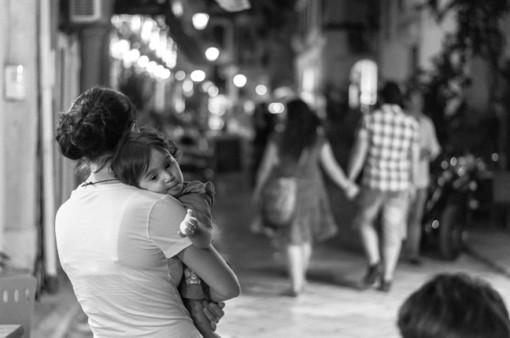 Kiện chồng và nhân tình tội ngoại tình được không?