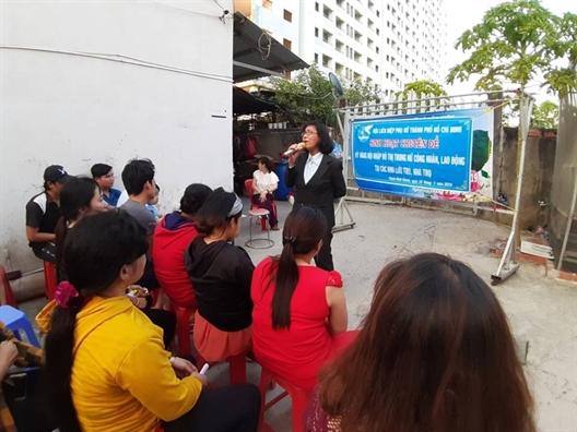 Huyen Binh Chanh: Noi chuyen ve phong, chong bao luc gia dinh voi nu cong nhan