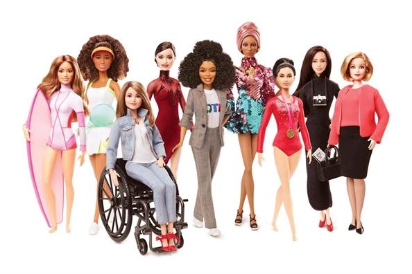 Bup be Barbie 60 tuoi - Dep khong co nghia la hoan hao