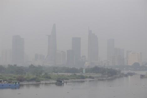 Sương mù bao phủ khắp Sài Gòn như trời Đà Lạt