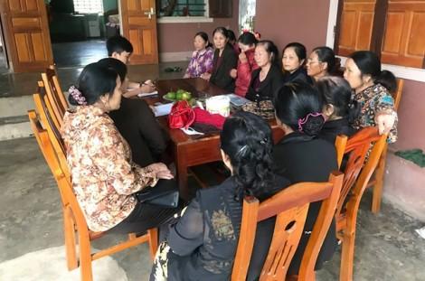 Nghệ An: Hàng trăm giáo viên 'đội' đơn kiện đòi tiền trợ cấp thâm niên
