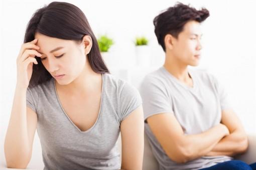 Nhờ mang thai hộ có đảm bảo các quyền của cha mẹ với con?