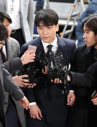 YG Entertainment thiệt hại hơn 4.000 tỷ vì bê bối của Seungri