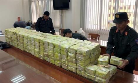 Bộ Công an triệt phá đường dây mua bán, vận chuyển 300kg ma túy tại TP.HCM