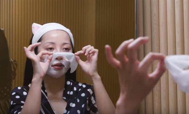 Cac buoc giup da trang sang truoc khi ngu cua beauty blogger Michelle Phan