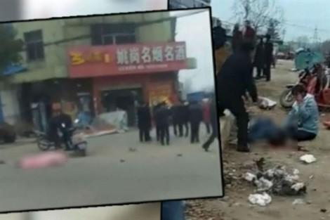 Chủ nhà hàng lao xe vào đám đông làm 6 người thiệt mạng