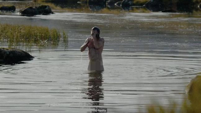 Lay tinh duc de cau khach: Ky nguyen moi cua phim truyen hinh 'mat me'
