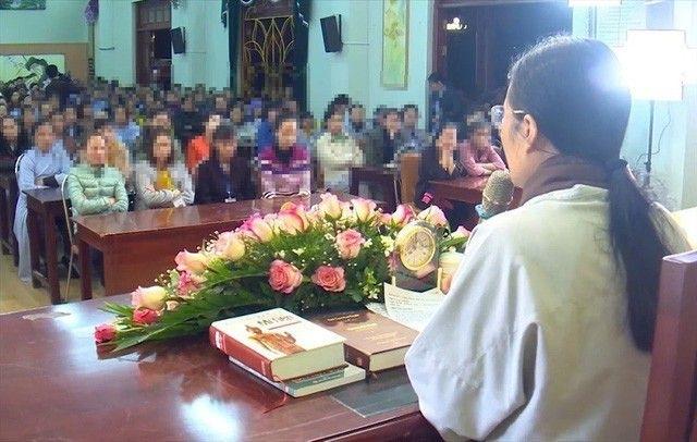 Tu vu chua Ba Vang: 'Trong nha co bau'… lai di dao vang!