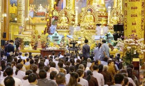Từ vụ chùa Ba Vàng: 'Trong nhà có báu'… lại đi đào vàng!