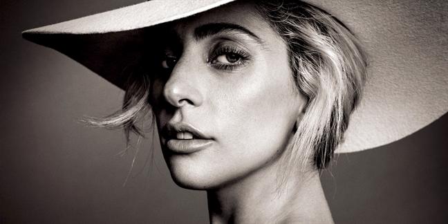 Lady Gaga ra tay vi suc khoe tam than cho hoc sinh