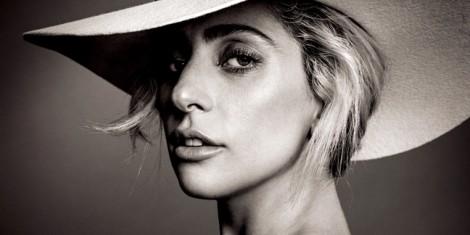Lady Gaga ra tay vì sức khỏe tâm thần cho học sinh