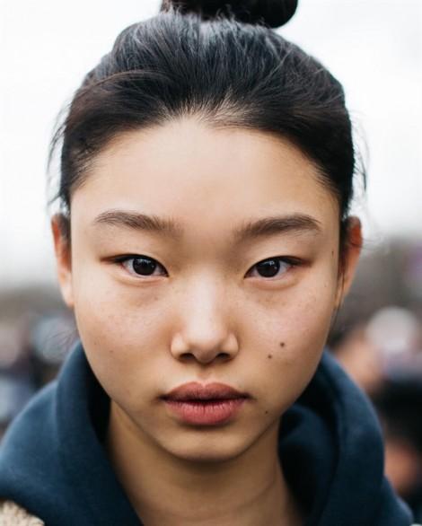 Trang điểm buổi sáng nhanh 5 phút của siêu mẫu 19 tuổi nổi tiếng xứ Hàn