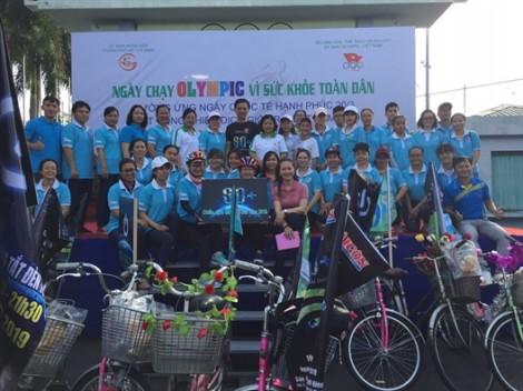 Phụ nữ Phú Nhuận: 'Chạy vì sức khỏe toàn dân'