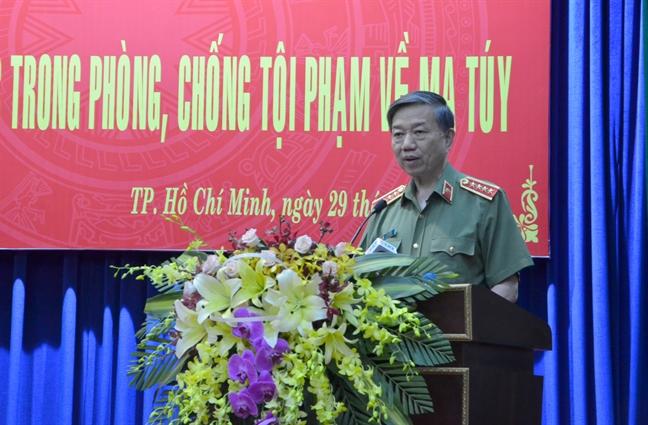 Bo truong Bo Cong an: 'Toi pham ma tuy la cha de cua cac loai toi pham'
