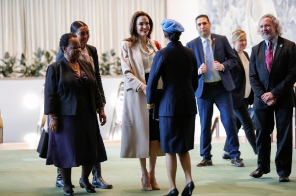 Angelina Jolie len tieng ve quyen phu nu trong tien trinh hoa binh Afghanistan