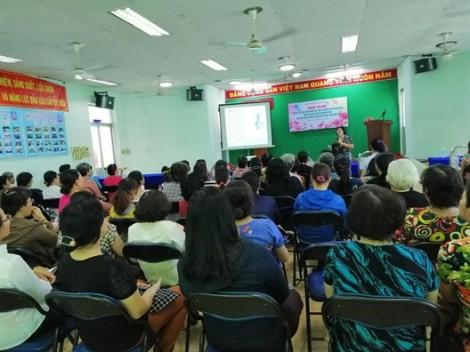 Quận 6: Luyện kỹ năng hướng dẫn các bà mẹ chăm sóc, bảo vệ và giáo dục con