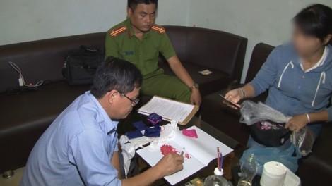 Bắt quả tang đối tượng tàng trữ hàng nghìn viên ma túy