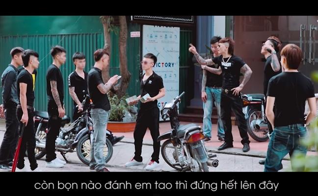 Xoa kenh YouTube cua Kha Banh: Sao phai cho den khi doi tuong bi bat?