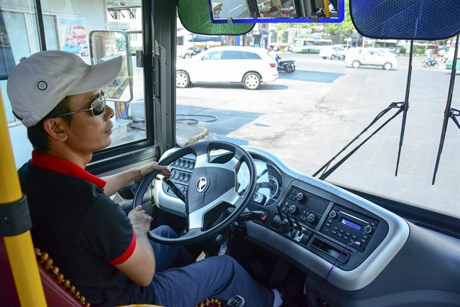 TP.HCM tang cuong 384 chuyen xe buyt trong dip gio to Hung Vuong, 30/4 va 1/5