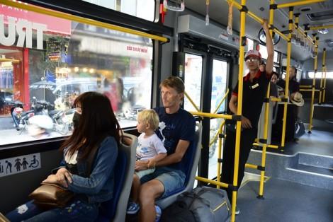 TP.HCM tăng cường 384 chuyến xe buýt trong dịp giỗ tổ Hùng Vương, 30/4 và 1/5