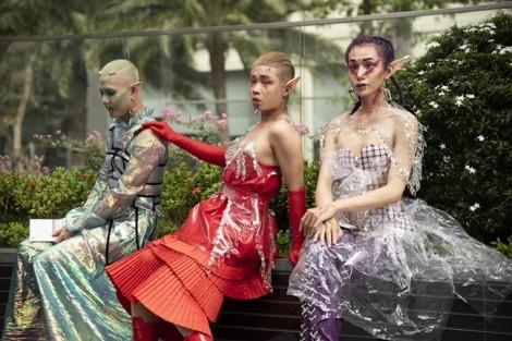 Thời trang đường phố quái dị tại Tuần lễ Thời trang quốc tế: Mục đích để bị 'chửi'?