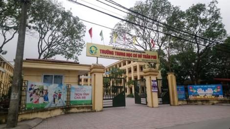 Thầy giáo cấp II ở Hà Nội bị 'tố' dâm ô hàng loạt nam sinh