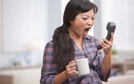 Đàn bà không được quyền nổi nóng?