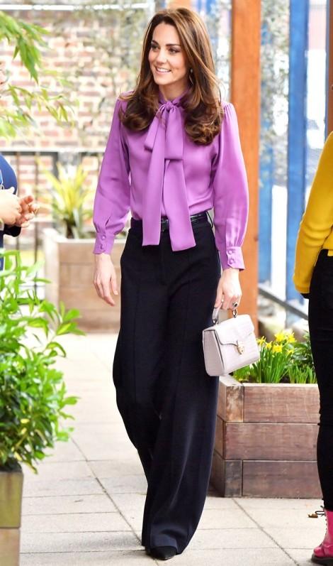 Công nương Kate Middleton đổi phong cách thời trang chuẩn bị vai trò hoàng hậu