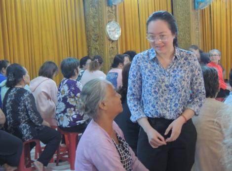 Chăm lo Tết cho hội viên phụ nữ người Kh'mer dịp Tết Chôl Chnăm Thmây