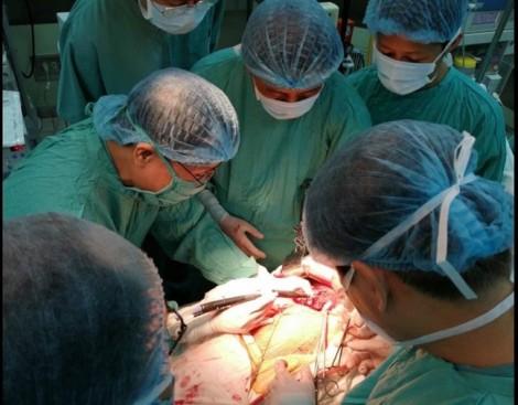 Lần đầu tiên BV Trung ương Huế cắt gan bằng kỹ thuật bảo tồn phần gan cắt bỏ