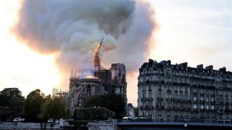 Disney tặng 5 triệu USD để tái thiết Notre Dame