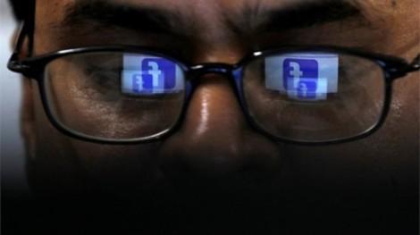 Facebook 'vô tình' sao chép danh bạ email của 1,5 triệu người dùng