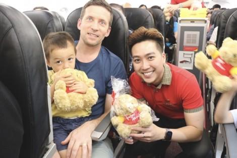 Vietjet rực rỡ chào đón chuyến bay đầu tiên Hồng Kông - Phú Quốc